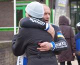Christine hugging five-time World Champ Roland Liboton. ? Jonas Bruffaerts