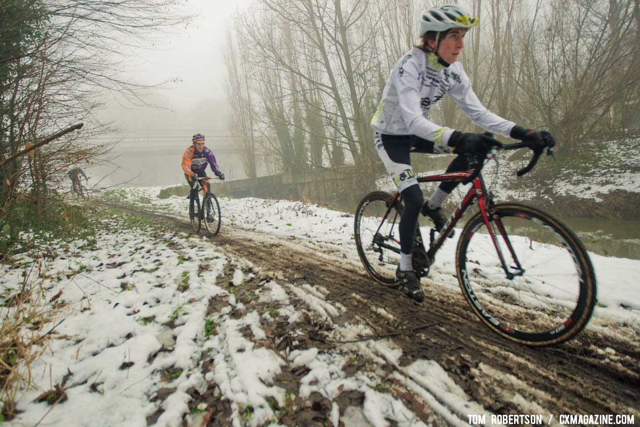 At least the US riders are getting comfortable in the conditions. © Tom Robertson