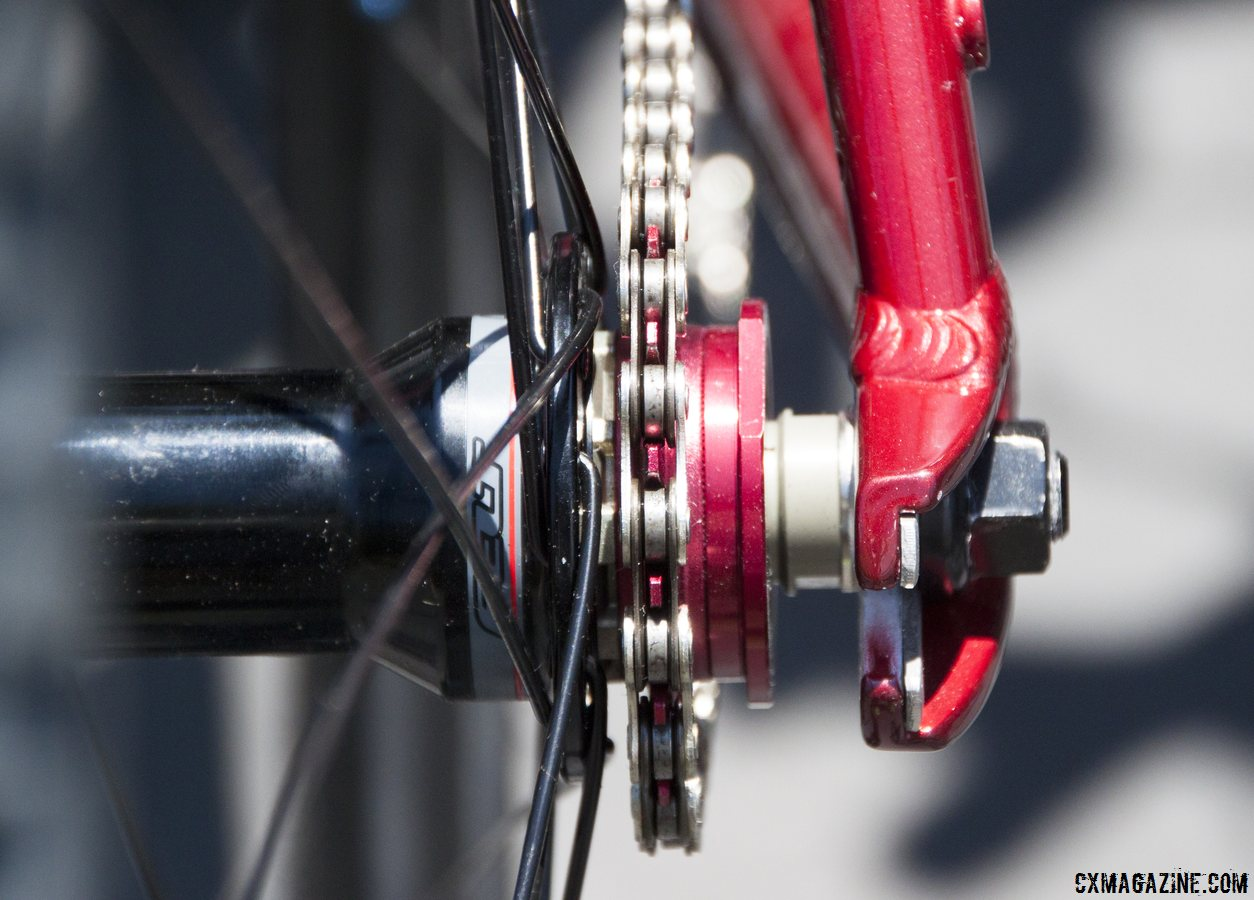 Novatec\'s 16t cog rests on Felt\'s singlespeed hub on the Felt 2014 Breed Singlespeed Cyclocross Bike. © Cyclocross Magazine