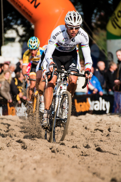 Sven NYS in the sandpit