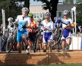 Women hit the barriers at Cyclo-cross Grote Prijs van Brabant. © Bart Hazen