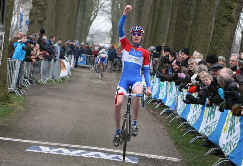 gp-groenendaal-jr-finish.jpg