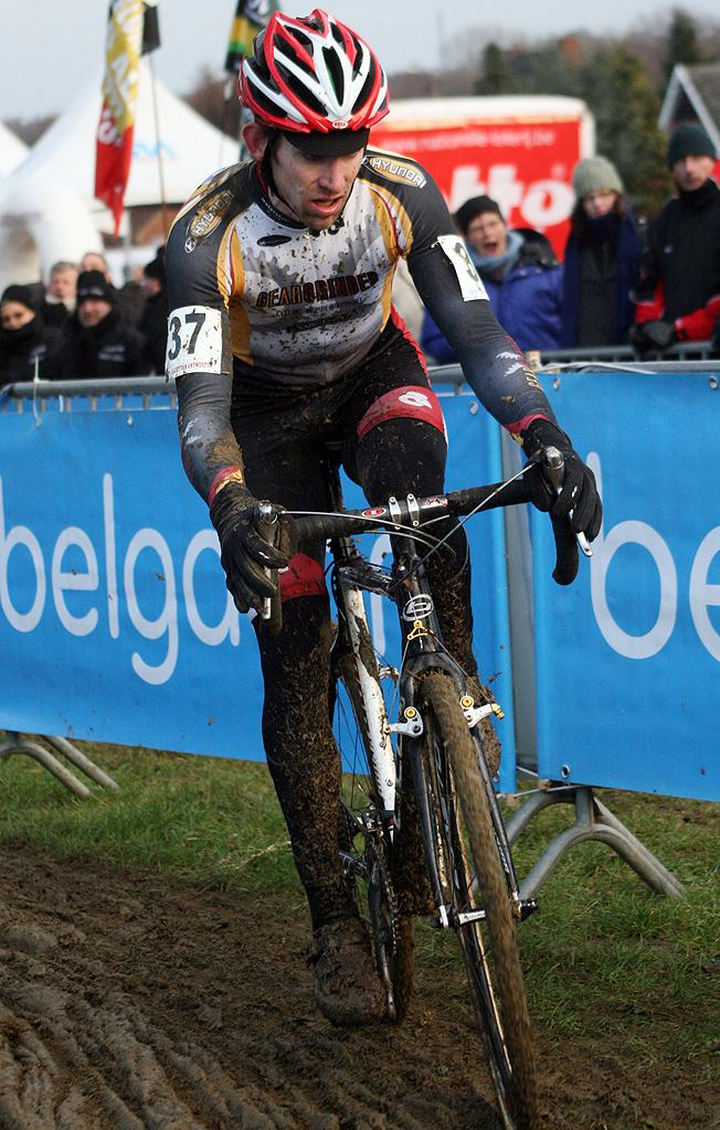 Matter after shedding his glasses. GP Sven Nys 2010 - Baal, Beglium. GVA Trofee Series. ? Bart Hazen