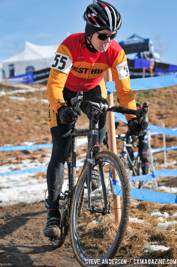 Bannister on the way to the win in the Men\'s 60-64, 65-69, 70+ Nationals races in Boulder, Colorado. © Steve Anderson
