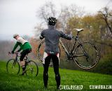 Proper lifting technique at Harbin Park Cyclocross Clinic © VeloVivid