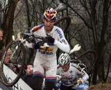 Stybar carries his bike through Hoogerheide on his way to the World Cup title. ? Bart Hazen