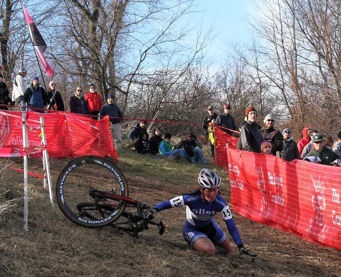 The off-camber descent was challenging for many. Jingle Cross 2010 Day 3. © Michael McColgan