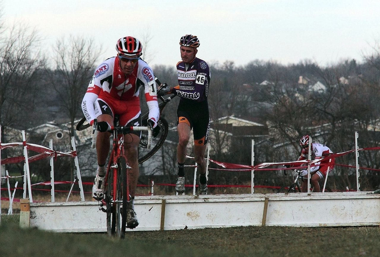 Todd Wells hopped his way to second. Jingle Cross 2010 Day 3. © Michael McColgan