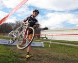 Optum racer over the barriers at Jingle Cross Day 3. © Elisabeth Reinkoldt