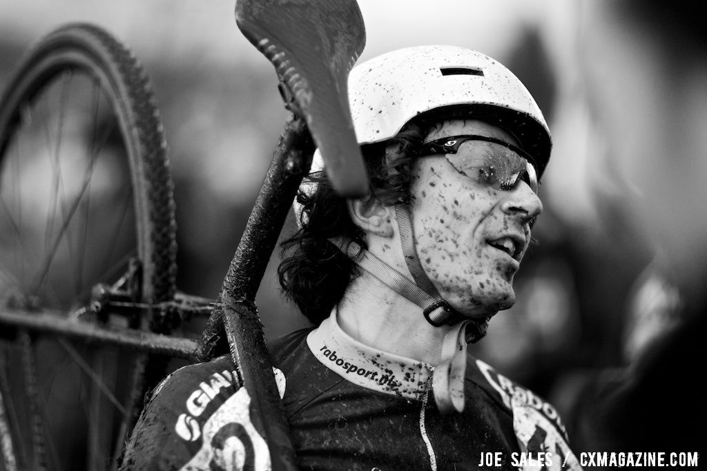 Adam Craig is relieved his bike performed without a hitch in the singlespeed race. © Joe Sales