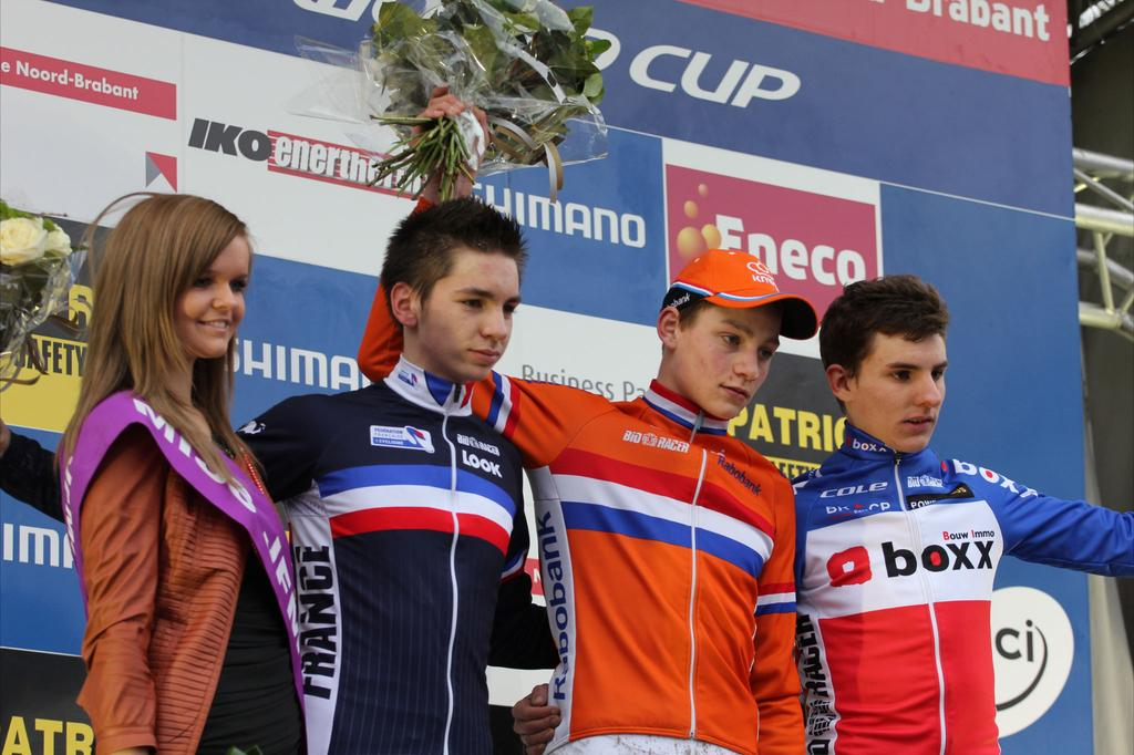 Mathieu Van Der Poel (Ned) took the win with Anthony Turgis (Fra) and Quentin Jauregui (Fra) following closely behind. ©Thomas van Bracht