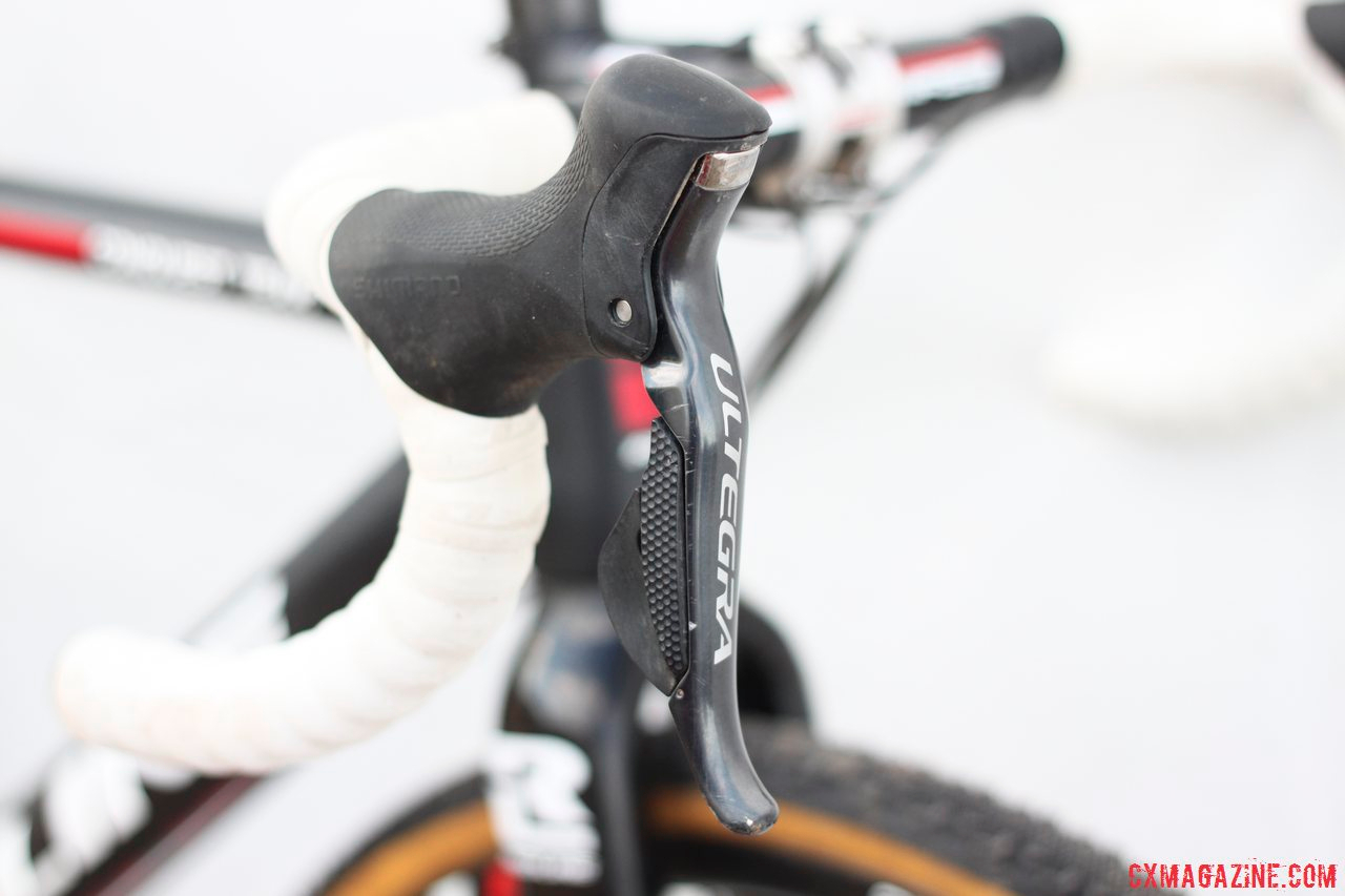 Shimano Ultegra 6770 Di2 shifters on 2014 Masters 30-34 National Champion Justin Lindine\'s Redline Conquest Team Disc cyclocross bike. © Cyclocross Magazine