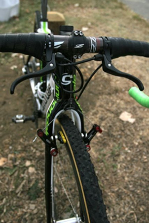 Katie Compton\'s influence is notable in Antonneau\'s use of top mount brake levers © 2010 Matt James