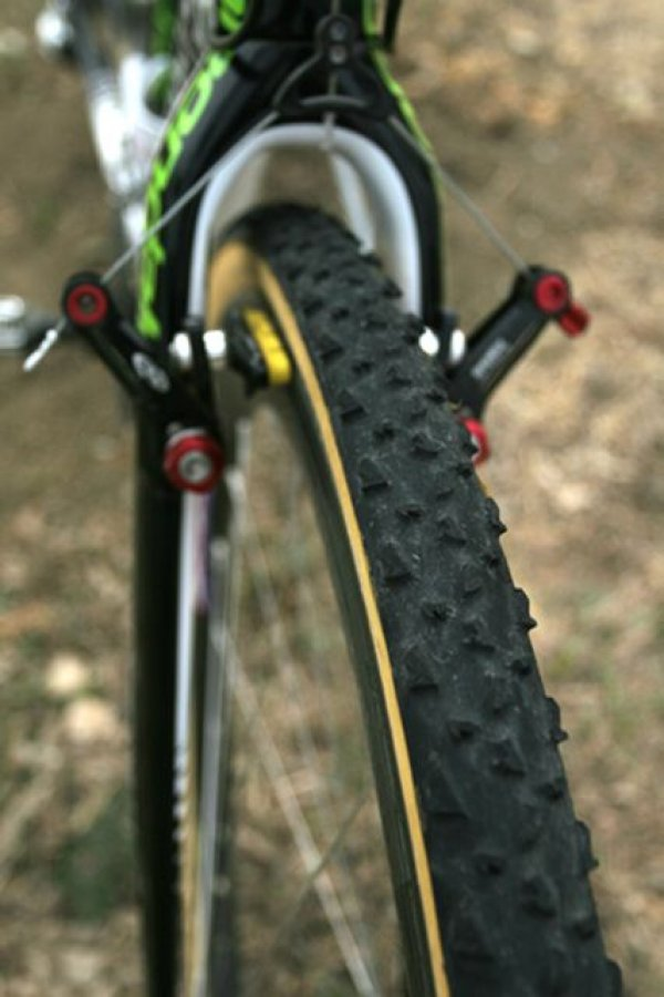 The Cannondale-Cyclocrossworld team runs the Avid Ultimate brake in the low profile setting for increased stopping power © 2010 Matt James