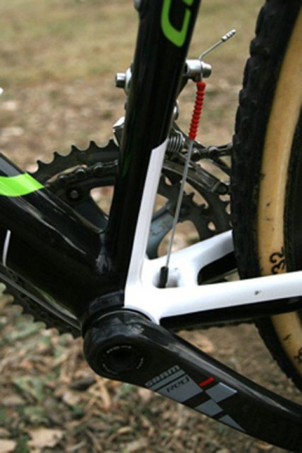 Cannondale-Cyclocrossworld team bikes are all equipped with Gore\'s sealed cable systems © 2010 Matt James