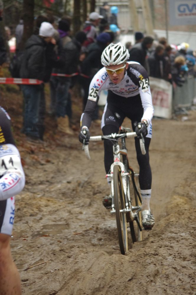 Belgian Dieter Vanthourenhout finds the good line through the mud.  Photo courtesy of Christine Vardaros.
