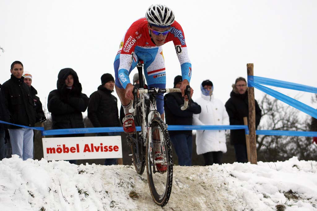 Jempy Drucker finished fifth in the snowy conditions. © Bart Hazen
