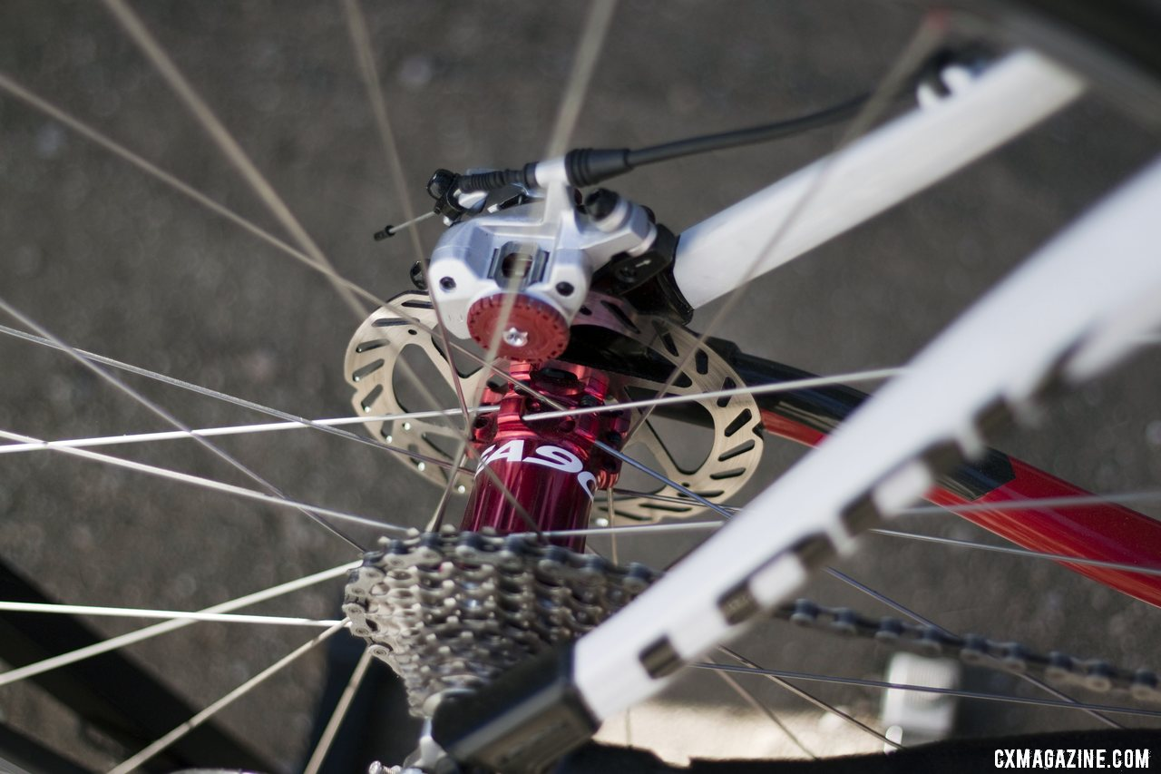 An Easton EC90XC 29er wheelset with EA90 hubs  completed the Look X-85 build. ©Cyclocross Magazine