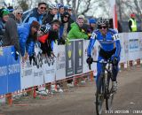Fort Lewis trading off in the first ever Collegiate Relay at the 2014 National Cyclocross Championships. © Steve Anderson
