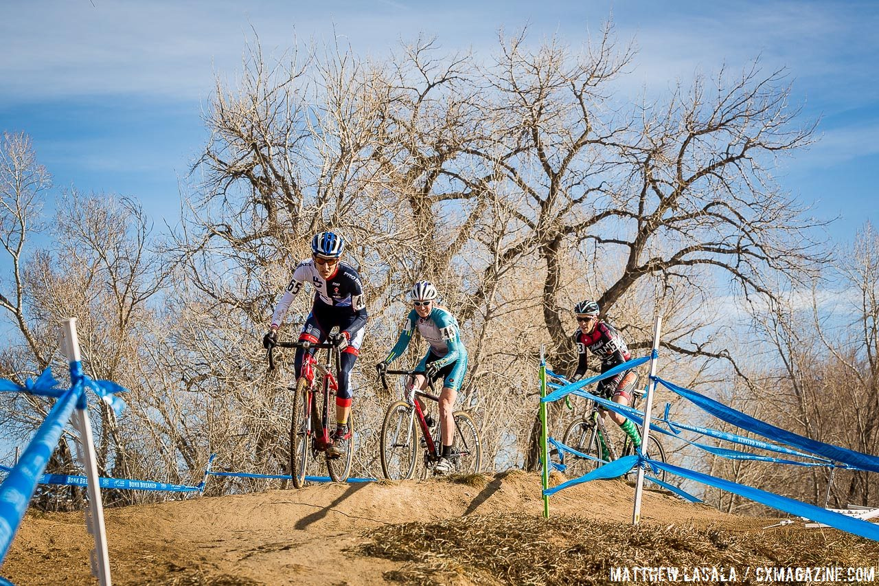 masters-w-35-39-2014-cyclocross-nationals-mlasala-early-lead-group_1