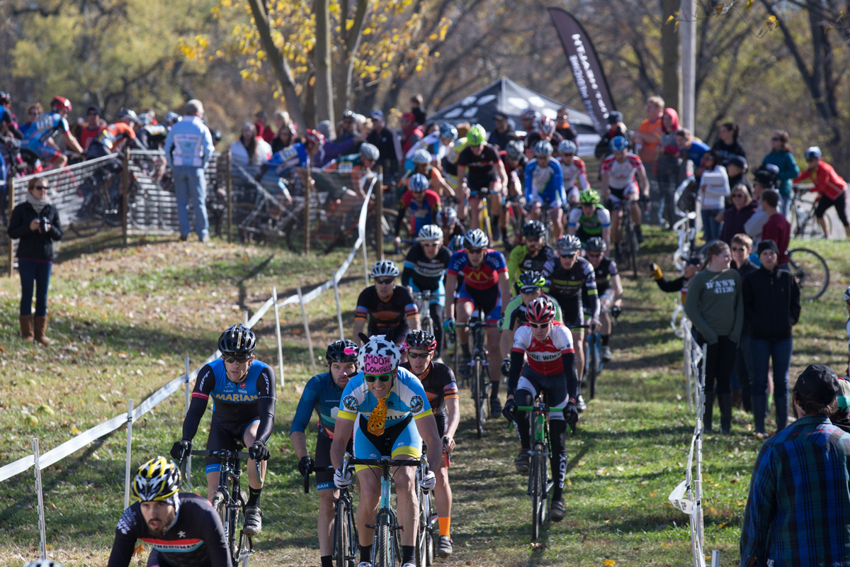 Total event registration neared 1000 racers per day at the Derby City Cup, with a few categories hosting more than 100 entrants. © Wil Matthews