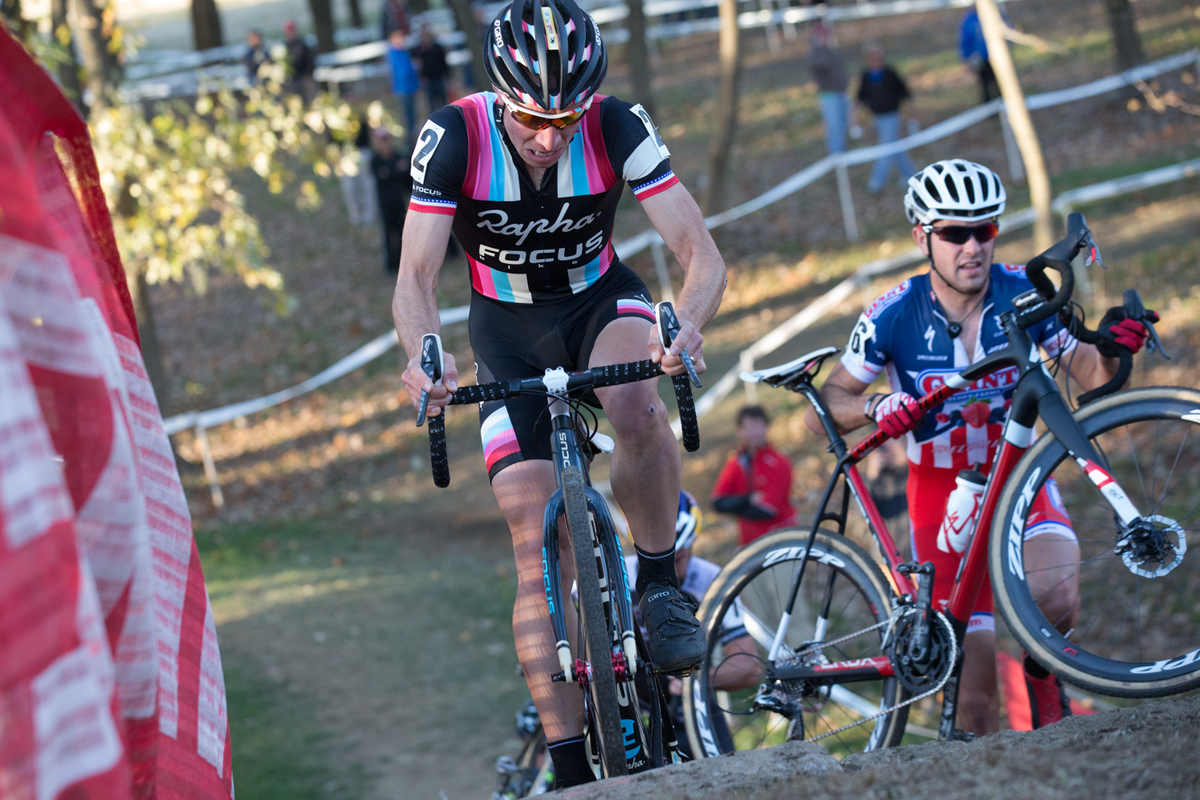 Jeremy Powers rode the stone steps in a huge effort to get catch the lead group on Saturday. © Wil Matthews
