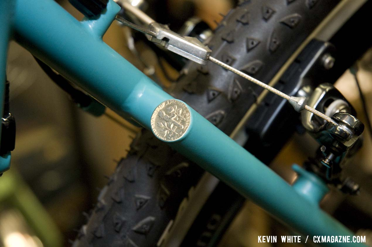 Sycip\'s distinctive seat stay junction, complete with a unique dime-capped finish. © Kevin White