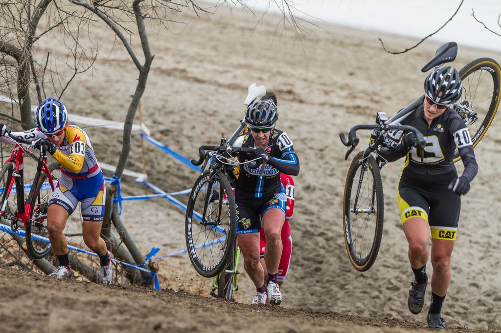 The group that would hold the lead for the entirety of the race (L to R): Kemmerer, van Gilder, Anthony behind her, and Anderson. © Todd Prekaski