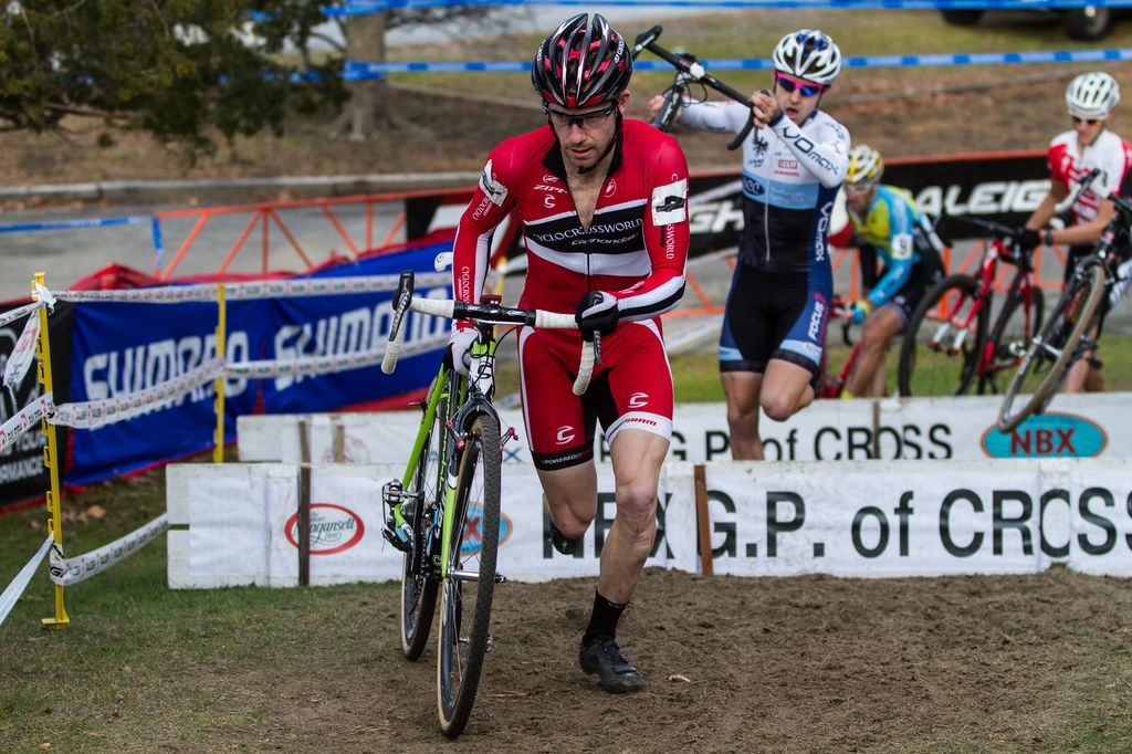 Shawn Milne heads up the charge in the Elite Men\'s race. © Todd Prekaski