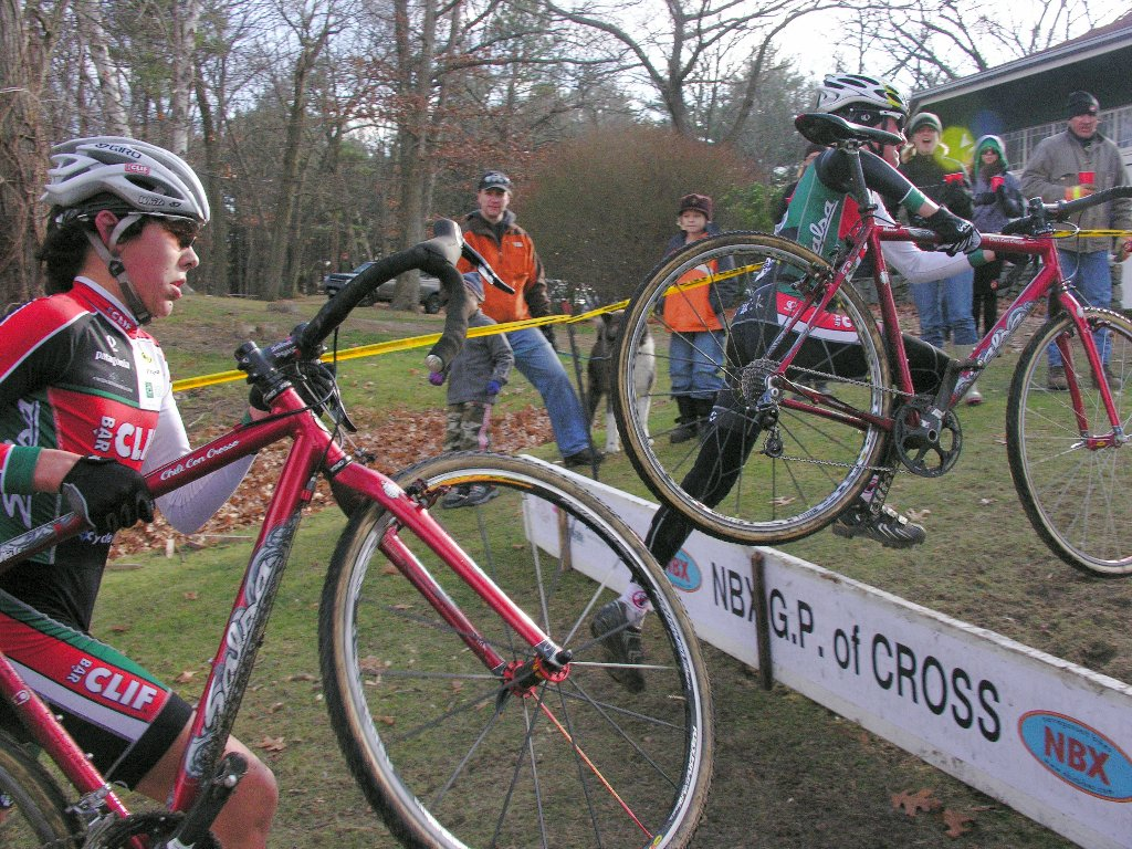 Clif Bar Elite Juniors Curtis and company over the barriers ? Paul Weiss
