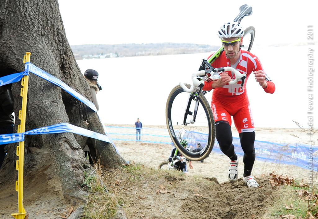 Chrstian Heule comes out of the sand. ©Natalia Boltukhova | Pedal Power Photography