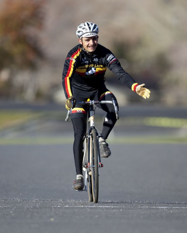 Evan Sarna takes second in the singlespeed division. NCNCA 2010 Cyclocross Districts. © Tim Westmore