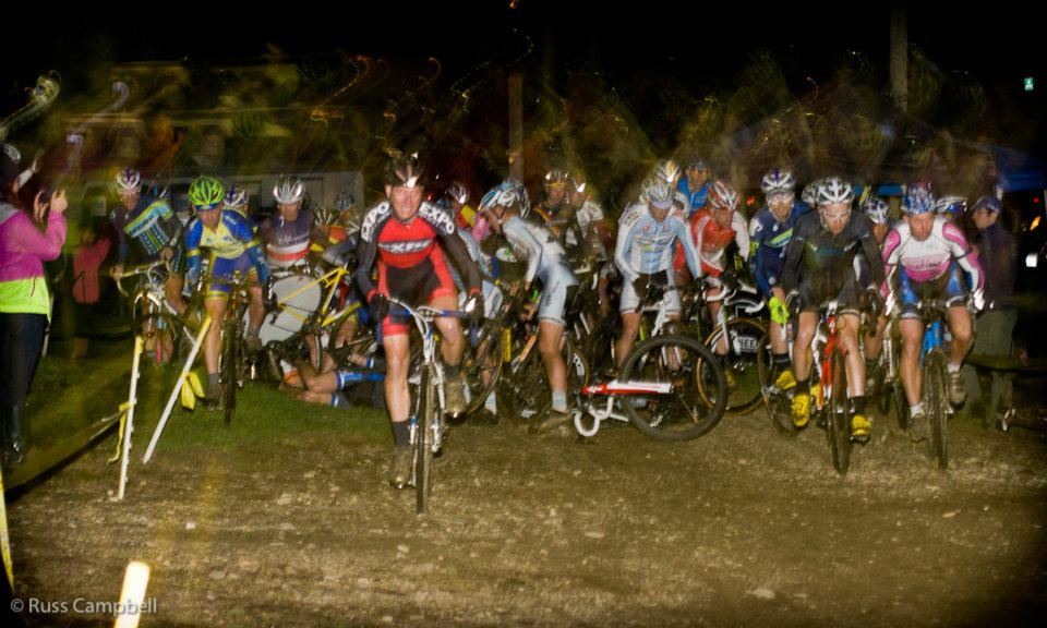 The first crash of the elite men\'s race. © Russ Campbell