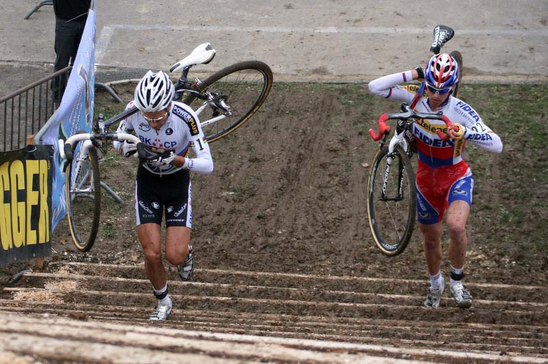 Albert and Stybar on the stairs at Nommay. ? Bart Hazen