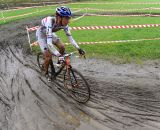 Helen Wyman rolls through the mud.  ©  Jeff Bramhall