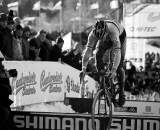 Sven Nys bunnyhops the planks in Tabor Part 9 ? Joe Sales