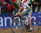 Wellens powers through to sand on his way to the win. ? Bart Hazen