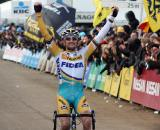 Wellens takes his second victory of his illness-shortened season.