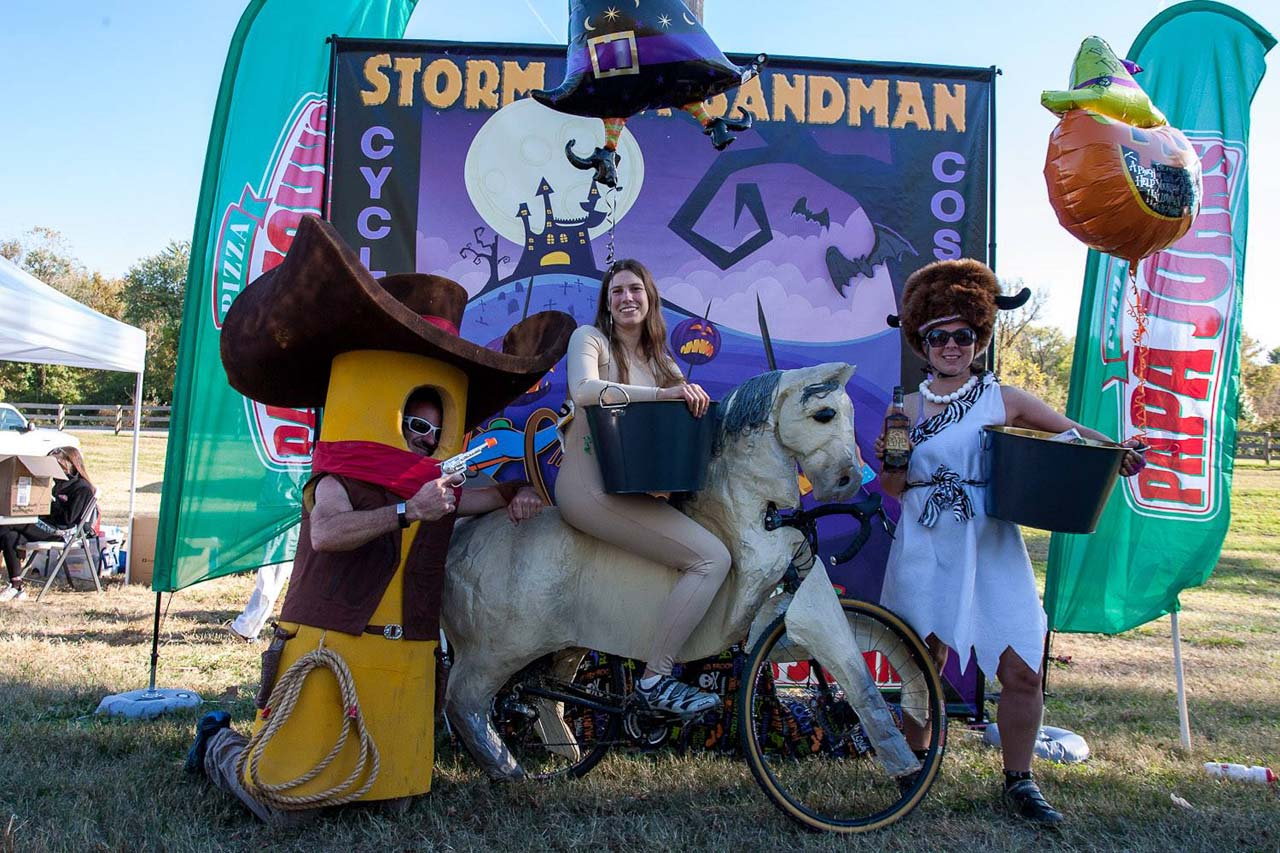 Costume contest winners. © Kent Baumgardt
