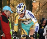 Kevin Pauwels did everything he could to stay with Albert.  ? Bart Hazen