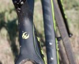The swooping top tube flattens out and should make for pretty comfortable shouldering.  © Cyclocross Magazine