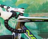 SRAM Force DoubleTap levers. © Joe Sales