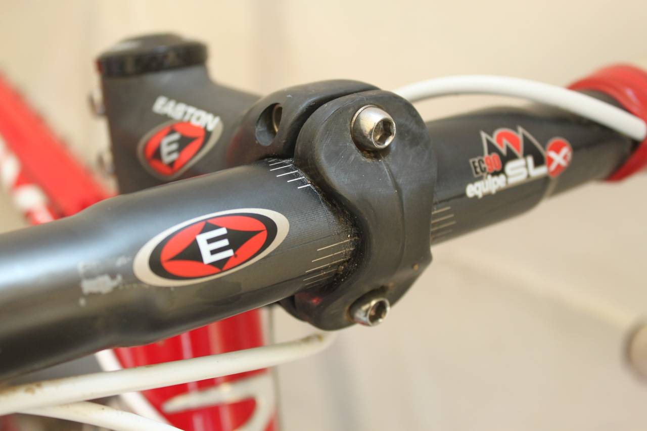 Easton also provides the stem and EC90 handlebars. ? Cyclocross Magazine
