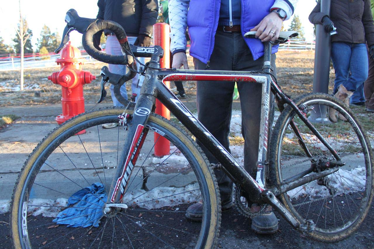 Jonathan Page's Blue Norcross. © Cyclocross Magazine