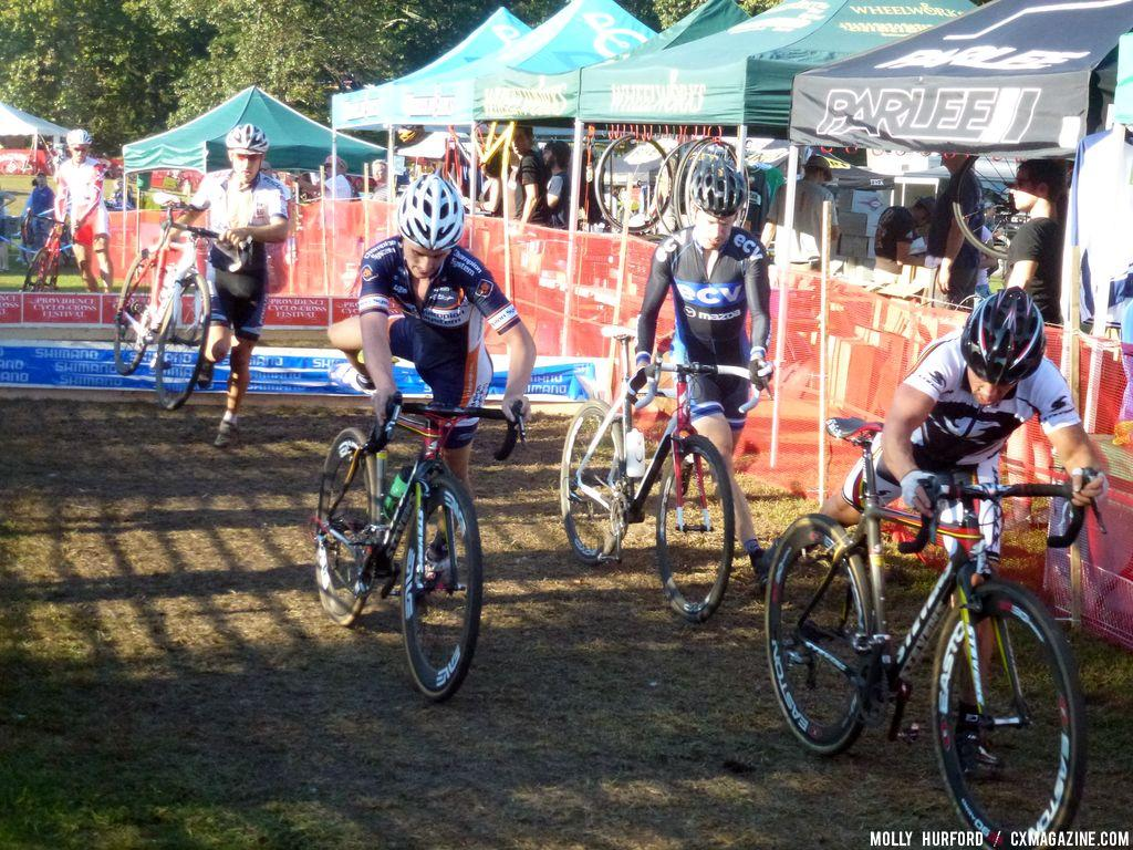The barriers filtered riders into smaller groups. © Cyclocross Magazine