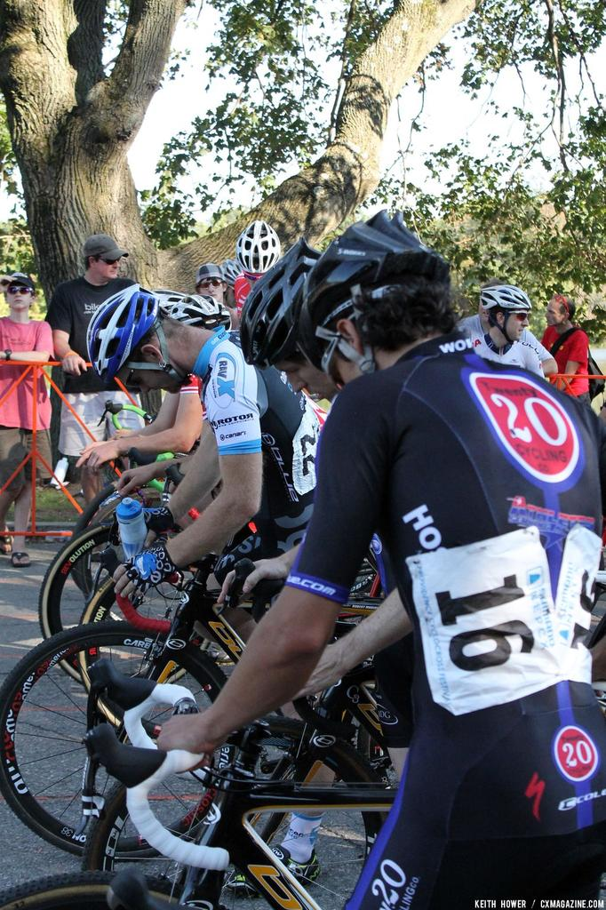 The front line of the men\'s field is a nervous place. © Cyclocross Magazine