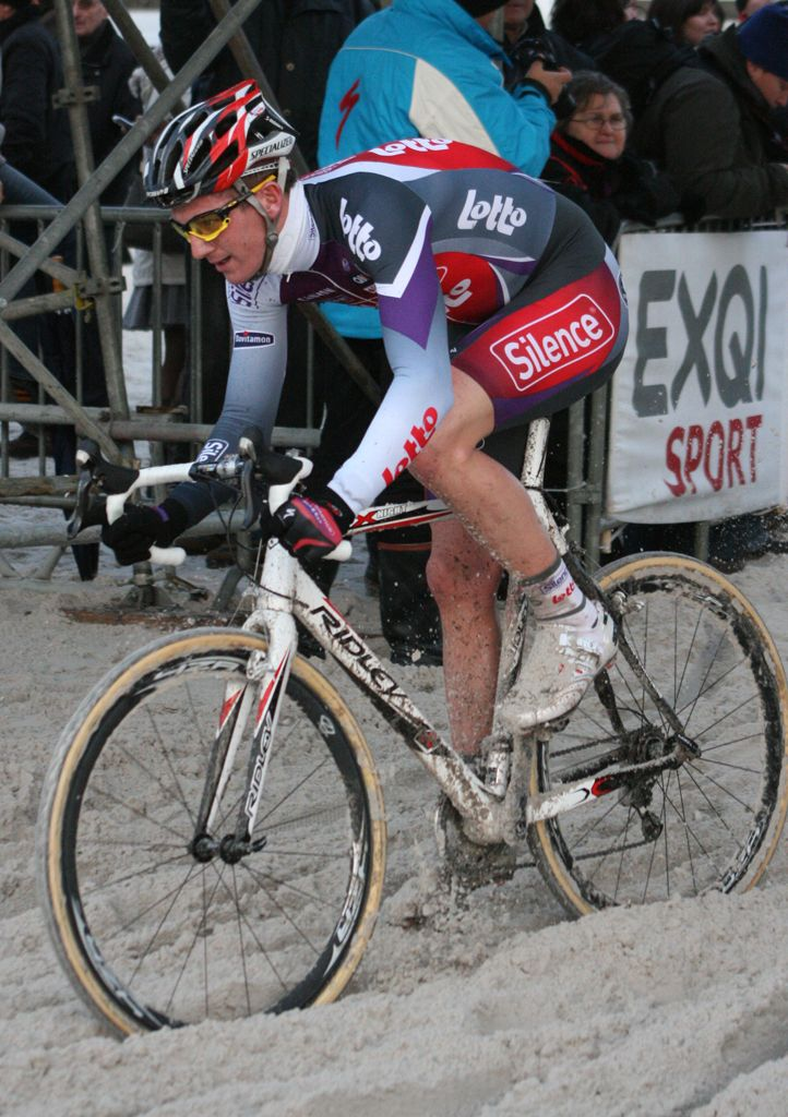 Jurgen Van den Broeck hits the beach. ? Bart Hazen
