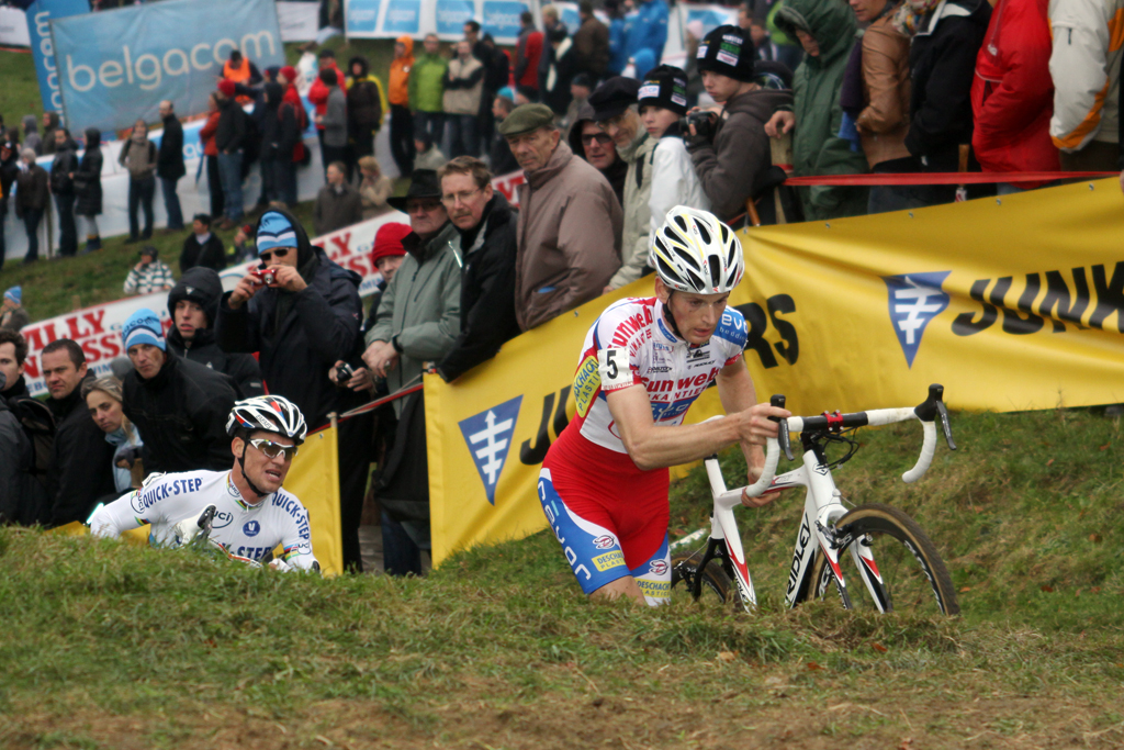 Pauwels and Stybar battling