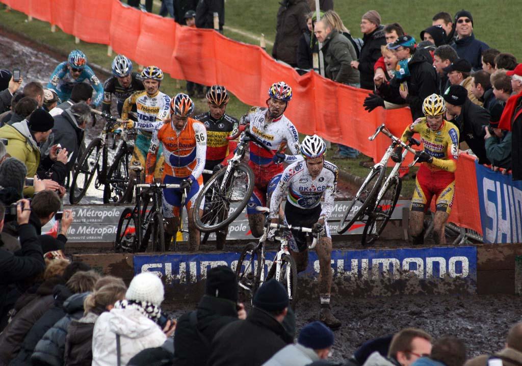 Albert leads the early break through the barriers. ? Bart Hazen