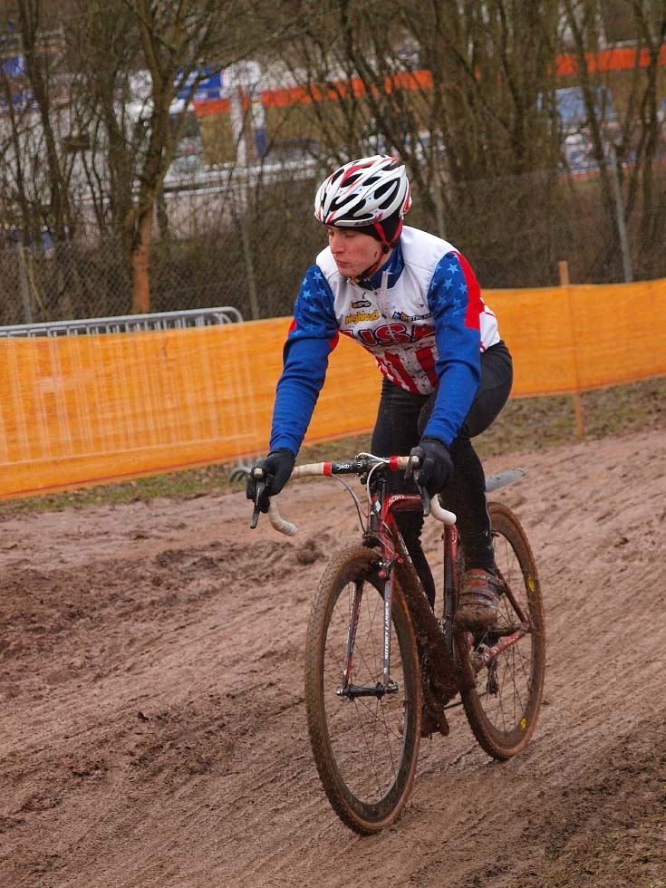 Americans are getting a feel for the German mud. © Jonas Bruffaerts